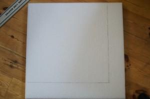 Die PE-Platte musste zunächst mal auf die Maße des Rahmens zugeschnitten werden